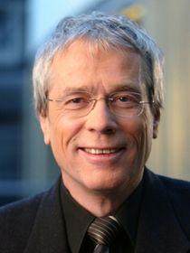 ... DINO-Repräsentant <b>Thomas Nehls</b> hat als ehemaliger ARD/WDR-Korrespondent ... - csm_Thomas_Nehls_33a7728822